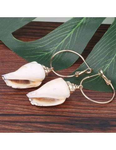 seashell-gold-plated-brown-ecru-earrings-healing-jewelry-gemstone-natural-background-hihoney-he049