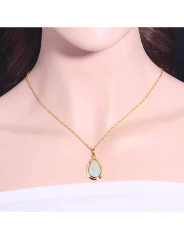 gold-plated-white-light-green-opal-gemstone-jewelry-healing-necklace-pendant-woman-model-neck-02-hihoney-hn031