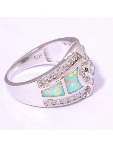 light-green-opal-white-topaz-silver-healing-ring-gemstone-jewelry-pink-background-side-hr044