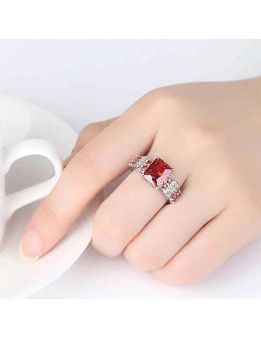 red-garnet-ring-zirconia-silver-healing-ring-gemstone-jewelry-woman-hand-white-cup-white-background-hihoney-hr073