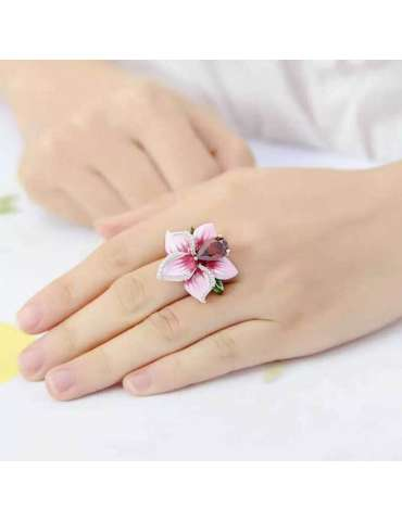 flower-gold-plated-ring-pink-silver-healing-ring-gemstone-jewelry-woman-hands-white-cloth-background-hihoney-hr086
